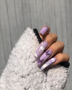 We've rounded up some pretty purple nails to inspire your next manicure. Purple And Pink Nails, Purple Acrylic Nails, Summer Acrylic Nails, Best Acrylic Nails, Yellow Nails, Purple Nail Polish, Cute Acrylic Nail Designs, Purple Nail Designs, Aycrlic Nails
