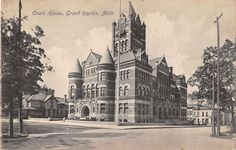 Grand Rapids Michigan Court House Antique Postcard (J16194)