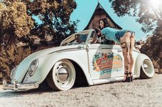Natalie Addams POsing at a customized Volkswagon car Volkswagen Group, Vw T1, Vintage Cars, Antique Cars, Hot Vw, Car Girls, Hot Cars, Muscle Cars, Mustang