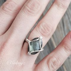 Labradorite Intuition & Protection Ring by Solrayz on Etsy