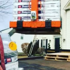 If you look closely you will observe a wild bag of Angry Sloth Coffee in it's natural habitat. . . Video credit to our favorite roofing contractor and long distance certified people teaser @bmrepins45 . . . . . #work #bluecollar #blue #motoroil #coffee # #construction #crane #dirtyhandscleanmoney #workworkwork #playhard #veteran #veteranowned #sniper #infantry #coffeelife #coffelover #drinkangrysloth #shop