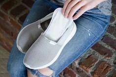 Les protège slips absorbent la transpiration dans les chaussures