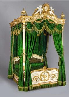 Empress Eugénie's bed originally from the Palais de l'Elysée 1867 today at the palais de Compiègne original damask by Maison Mathevon et Bouvard, Lyon.