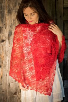 Fiery red 100% wool hand-knitted lace shawl
