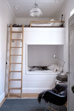 Children's Room: My kids bunkbed by Pella Hedeby