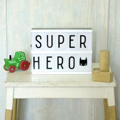 boite-lumineuse-lightbox-vintage-message-lumineux-cadeau-super-heros