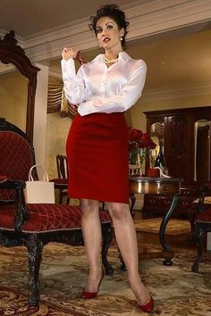 Satin Top, Silk Satin, Corsage, Work Skirts, Mini Skirts, Secret In Lace, Librarian Style, Erica, Elegant Girl