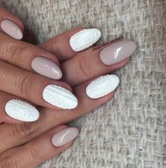Nageldesigns für den Winter: Sweater Nail Art
