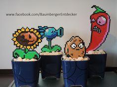 Zombie vs Plants Garten aus Bügelperlen  Perler Beads by Baumberger Entdecker
