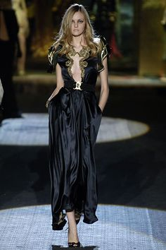 Roberto Cavalli Fall 2006 Ready-to-Wear Fashion Show - Caroline Trentini