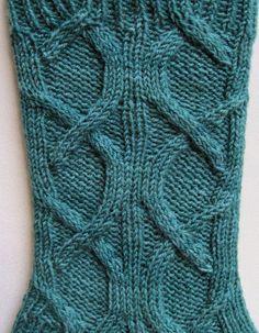 Socken stricken Muster: Keltische Kabel von WearableArtEmporium