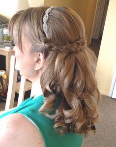bride Meighan with a beaded headband and braid. Haft up half down style.  #halfup #beadedheadband #lisaleming #halfdown #wraparoundbraid #meighan