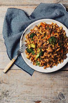 Le macaroni chinois sera toujours à la mode dans mon estomac. Je ne saispas pourquoi, mais je peux facilement me taper 2 immenses assiettesde ce macaroni