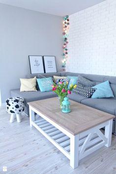 metamorfoza dwóch połączonych mieszkań - Mały salon, styl skandynawski - zdjęcie od mar.sza