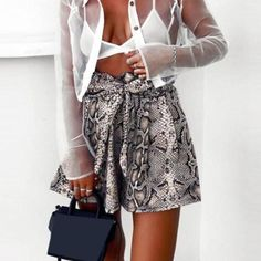 Discount Up to Fantoye Snake Print High Waist Shorts Women 2018 Autumn Paper Bag Sexy Elegant Fashion Lace Up Ruffle Mini Ladies Shorts Skirts Streetwear Mode, Streetwear Fashion, Outfit Con Short, Mode Shorts, Animal Print Pants, Tweed Mini Skirt, Trends, Look Chic, High Waisted Shorts