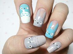 Totoro manicure!!