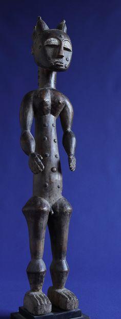 African Art For Sale, Art Object, Traditional Art, Belgium, Buddha, Objects, Statue, Sculptures, Sculpture