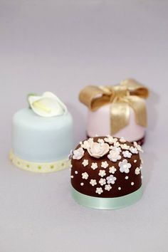 Wedding Gift Ideas for Every Budget - Molly Bakes Wedding Season, Our Wedding, Ice Cake, Cupcakes, My Cup Of Tea, Beautiful Wedding Cakes, Mini Cakes, Let Them Eat Cake, Food Cakes