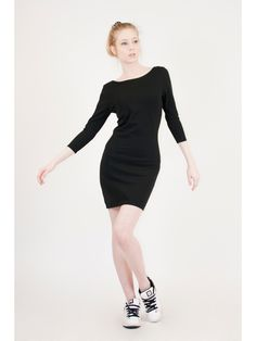 Lula, organic black sheath dress with open back. Manufactured locally in France, by Eros & Agape.