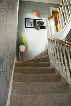 Hallway Makeover - Get some entrance hall interior design and decorating ideas with the refresh of my modern hallway and landing. Stair Landing Decor, Staircase Landing, Stair Decor, Staircase Design, Modern Hallway, Modern Entrance, Hallway Designs, Hallway Ideas, Hallway Pictures