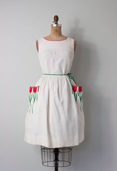 vintage 1950s dress / 50s dress / by SwaneeGRACE