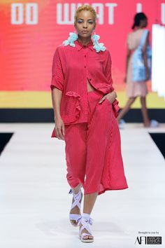 African Fashion, Shirt Dress, Shirts, Clothes, Dresses, Style, Walkways, Outfits, Vestidos