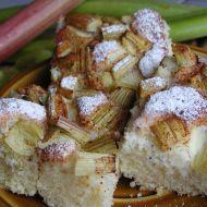 Fotografie receptu: Litý rebarborový koláč