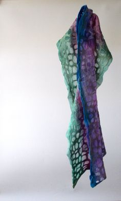 """""""mitosis 13"""". Nature is calling, this shawl is whispering. 100% soft merinowool and chiffonsilk. 27x148cm, €100. http://atelierkniedelius.exto.nl/kunstwerk/169068256_next.html#.VQwtUNh0w5s"""
