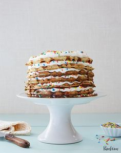 Discover the tastiest recipes that you can make with your waffle iron that aren't, well, just waffles. We've rounded up the absolute best waffle maker recipes out there. Rainbow Waffles, Rainbow Fruit, Rainbow Sprinkles, Cake Rainbow, Cake Batter Waffles, Cake Batter Dip, 30 Birthday Cake, Birthday Ideas, Unique Birthday Cakes