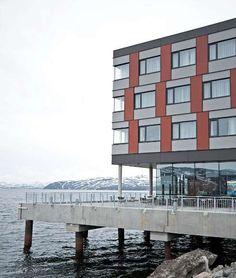 arctic hotel nunavut