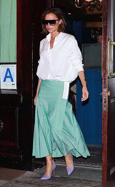 Mode Victoria Beckham, Victoria Beckham Outfits, Viktoria Beckham, Victoria Fashion, Mode Style, Stylish Outfits, Womens Fashion, Fashion Trends, Ladies Fashion