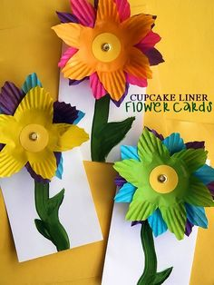Cupcake Liner Flower Cards Craft - Summer craft or write a note with love for Mother's Day!