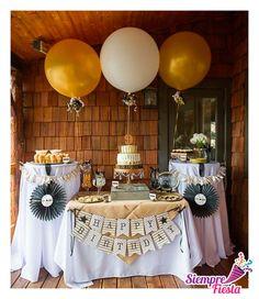 Ideas para una fiesta de dos colores: blanco y dorado. Encuentra todos nuestros artículos para tu fiesta de colores aquí: http://www.siemprefiesta.com/decoraciones-adornos-y-mas/colores.html?utm_source=Pinterest&utm_medium=Pin&utm_campaign=Colores