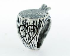 Stump Ring: oh this is fabulous, too weird to be a wedding ring?