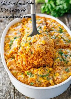 Chicken Enchilada Rice Casserole _ I really did have a dream. About chicken enchiladas nonetheless! But not wrapped in a tortilla, but a rice casserole type of dish, with all the ooey gooey flavors of the enchilada! Mexican Food Recipes, New Recipes, Cooking Recipes, Healthy Recipes, Recipies, Popular Recipes, Delicious Recipes, Mexican Meals, Mexican Cooking