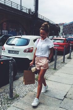 """violentmovement:  Alexandra """"Sasha"""" Markinahttp://instagram.com/markina"""