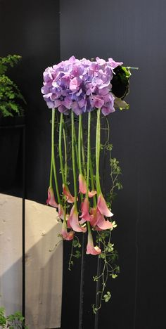 muff bouquet, hydrangea, calla, sugarvine, silverberry