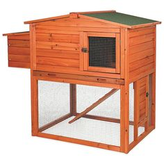 Perfect for the backyard farmer, the Trixie Natura Chicken Coop gives your chickens a cozy and spacious nesting area, while keeping them safe and secure. This weather-resistant coop features a trap door and ramp that connects to the outdoor run. Chicken Coop Kit, Small Chicken Coops, Portable Chicken Coop, Backyard Chicken Coops, Building A Chicken Coop, Chicken Runs, Chickens Backyard, City Chicken, Chicken Coup