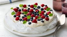 Meringue, cream and Fresh fruit what could be better this is certainly one of my all time favourites it reminds me of warm summer parties with great company The sweet. Pavlova, Great Desserts, Dessert Recipes, Norwegian Food, Norwegian Recipes, Summer Parties, Fresh Fruit, Raspberry, Bakery