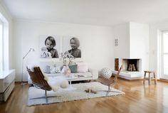 white classic lounge