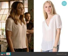 Paige's white split-neck blouse on Scorpion.  Outfit Details: http://wornontv.net/53015/ #Scorpion
