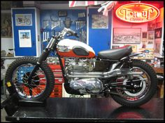 Triumph T110 - Desert Sled - Love this look, wouldn't mind one myself and a bit of desert to go with it might be nice!