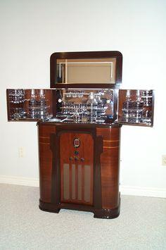 Art Deco Radio Bar