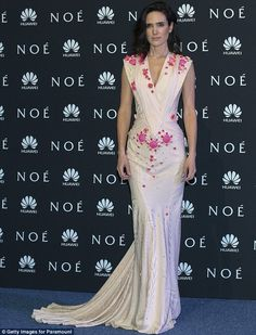 Noah? More like, Woah! Jennifer Connolly shows cleavage in stunning pink gown at premiere held at the Pepsi Center Mexico on Monday