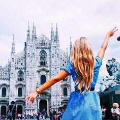 Anche sotto la pioggia... è sempre bella Milano ☔️ thanx @kamilladanchenko
