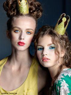 #Crown Girls (Source: wanderworldwonderlust, via sparkling-glitter) ~ #MeAndMyGirlfriends