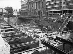 De bouwput van de pre metro. Frankrijklei in 1971.