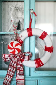 Pretty striped peppermint wreath, easy to make!!