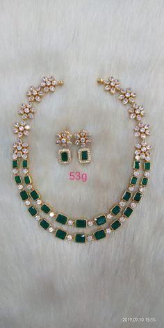 w) Very Good Cut – Fine Jewelry & Collectibles Jewelry Design Earrings, Gold Earrings Designs, Emerald Jewelry, Gold Jewellery Design, Necklace Designs, Gold Jewelry Simple, Wedding Jewelry, Green Necklace, Kundan Bangles