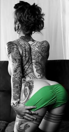 I just love Inked Girls and their tats #Inked #Girls #Hot #Girls #Tattoos